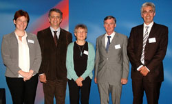 Sigrid Stagl (WU Wien), André Martinuzzi (WU Wien), Inge Røpke (Technische Universität Dänemark), Peter Johnston (European Policy Center & Club of Rome), Lorenz Hilty (Universität Zürich)